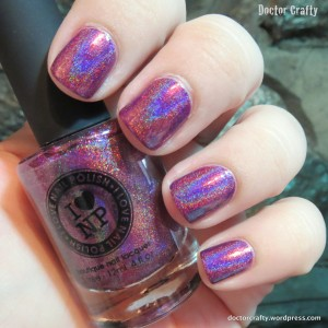 i love nail polish kings and queens holographic nail polish swatch holo humpday