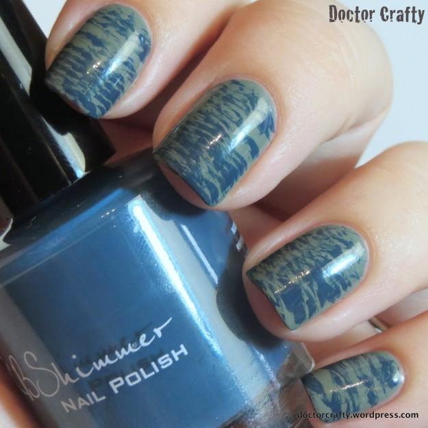 Fall fanbrush manicure