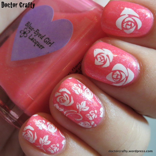 Girly Wallpaper Manicure