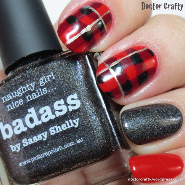 Another pic of my tartan mani